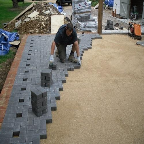 paver-block-laying-service-500x500